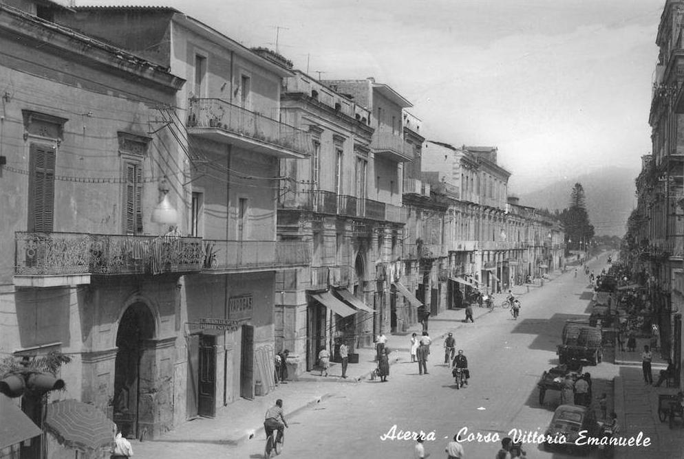 Acerra (Na), corso Vittorio Emanuele