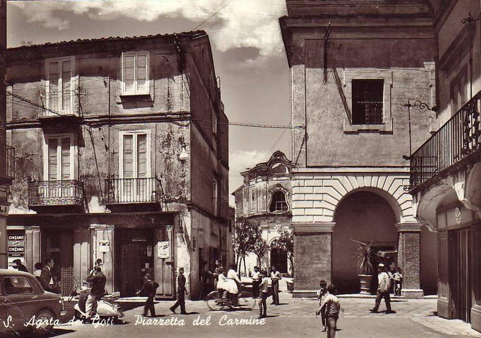 S. Agata dei Goti (Bn), piazzetta del Carmine