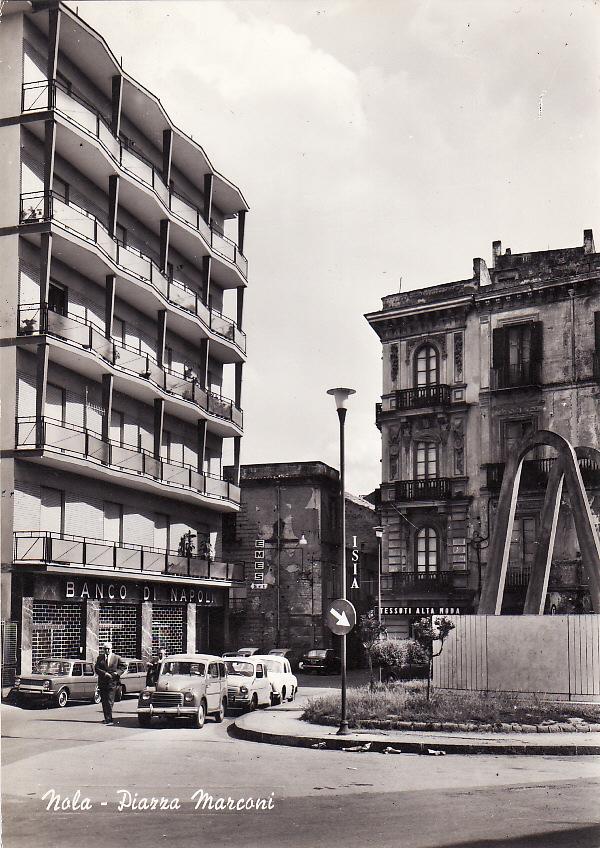Nola (Na), piazza Marconi
