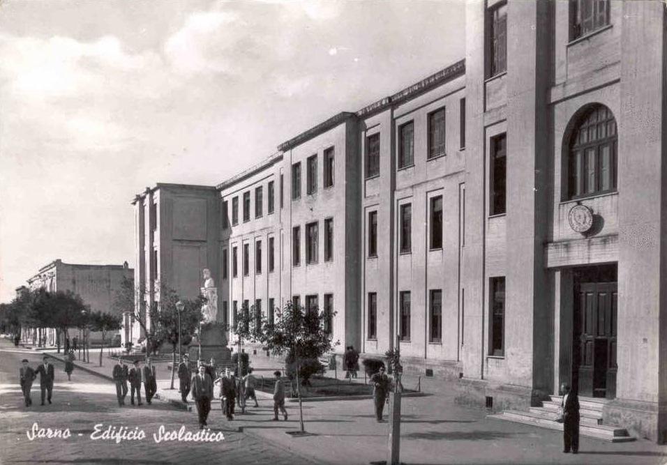 Sarno (Sa), Edificio scolastico