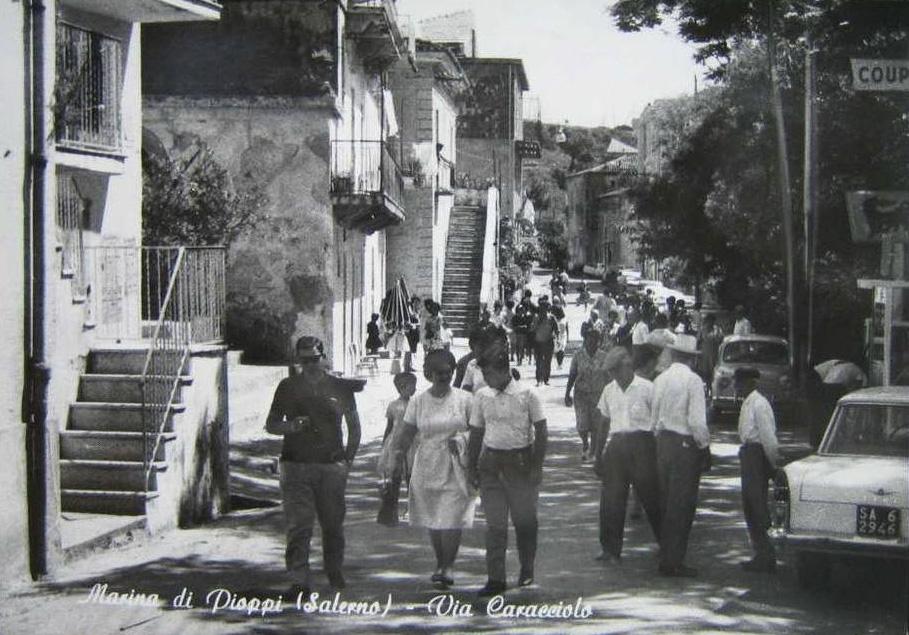 Marina di Pioppi, via Caracciolo - Pollica (Sa)