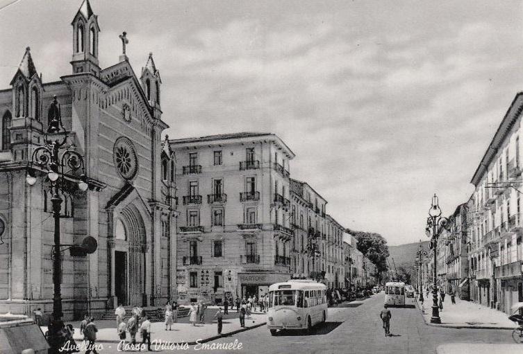 vellino, corso Vittorio Emanuele con filobus