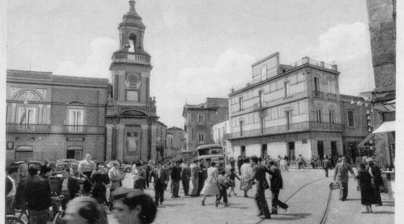 Frattamaggiore, piazza Umberto I