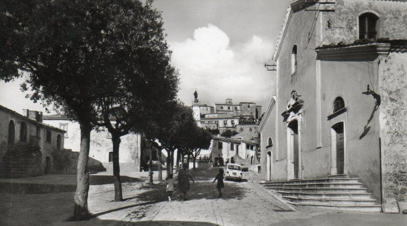 Morra De Sanctis, piazza S. Rocco